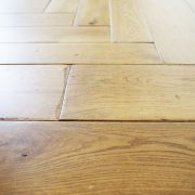 distressed-oak-floor-close-up