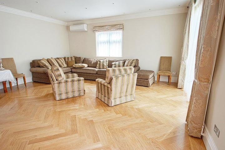 herringbone-parquet-sofa